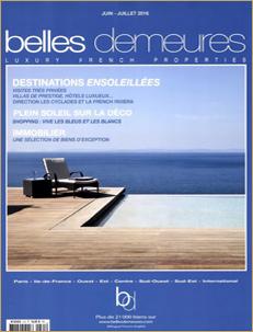 BELLES-DEMEURES-JUIN-JUILLET-2016-La-Villa-Capilla-byblos-sttropez