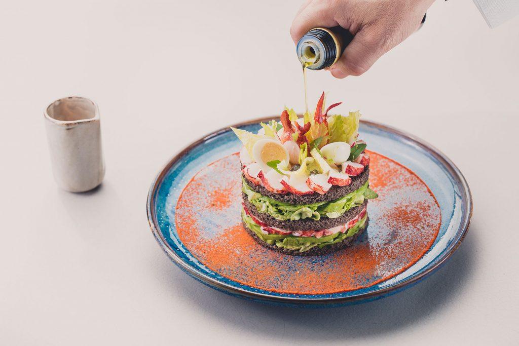 Club-de-Homard-Restaurant-le-B-Byblos-Saint-Tropez