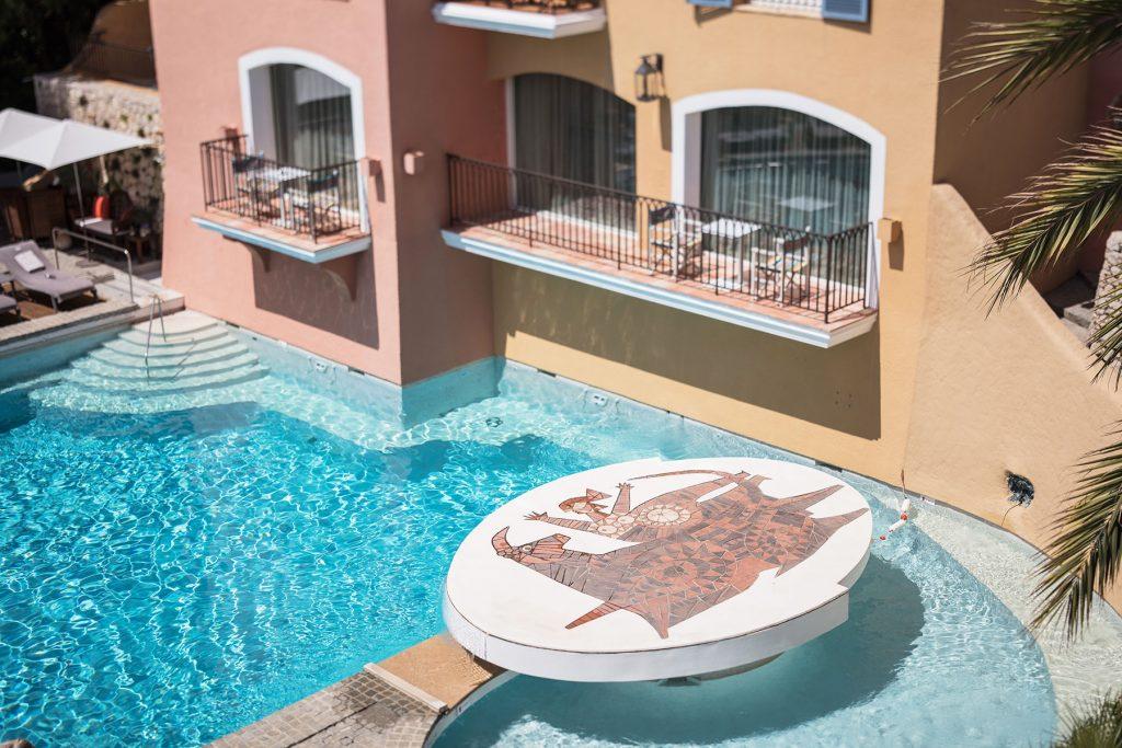 Palace-Byblos-Saint-Tropez-Adrien-Daste