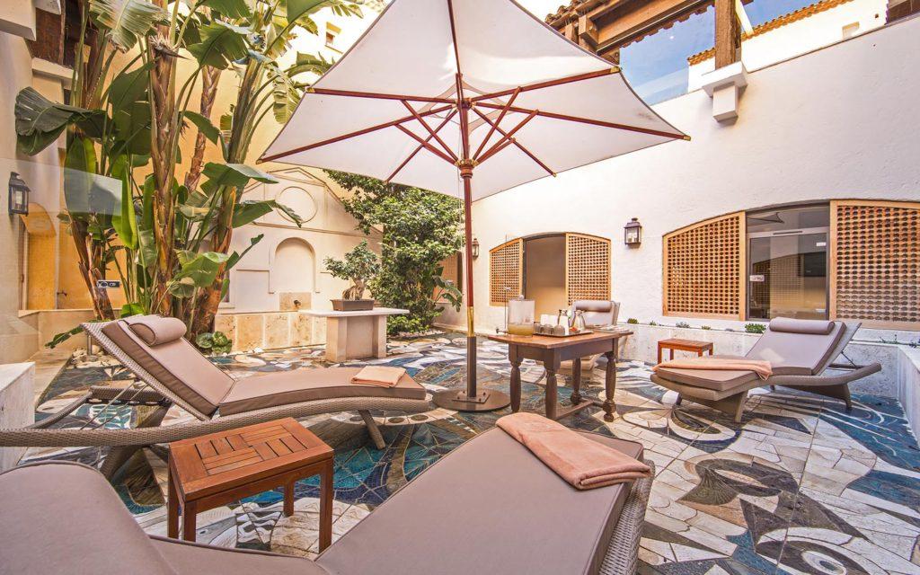 byblos-hotel-saint-tropez-spa-sisley-3