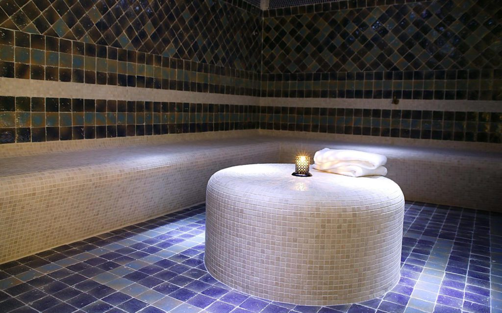byblos-hotel-saint-tropez-spa-sisley-6