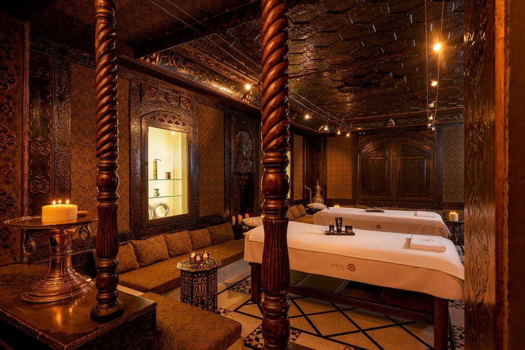 Spa-Hotel-Byblos-Saint-Tropez-Lebanese-room-sisley
