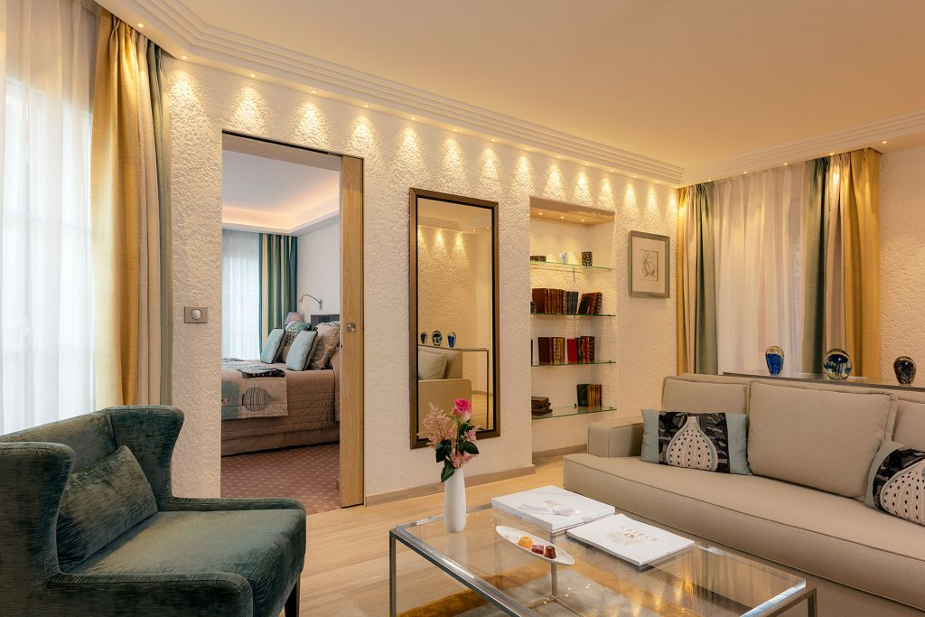 Suite-du-Roy-373-at-Hotel-Byblos-Saint-Tropez