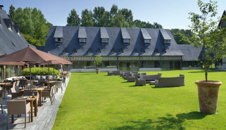 deauville-hotel-piscine